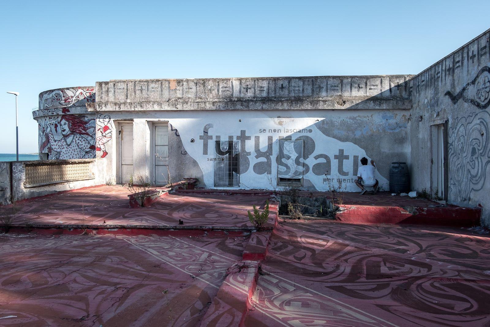 MisterCaos:poesia di strada:Lecce2